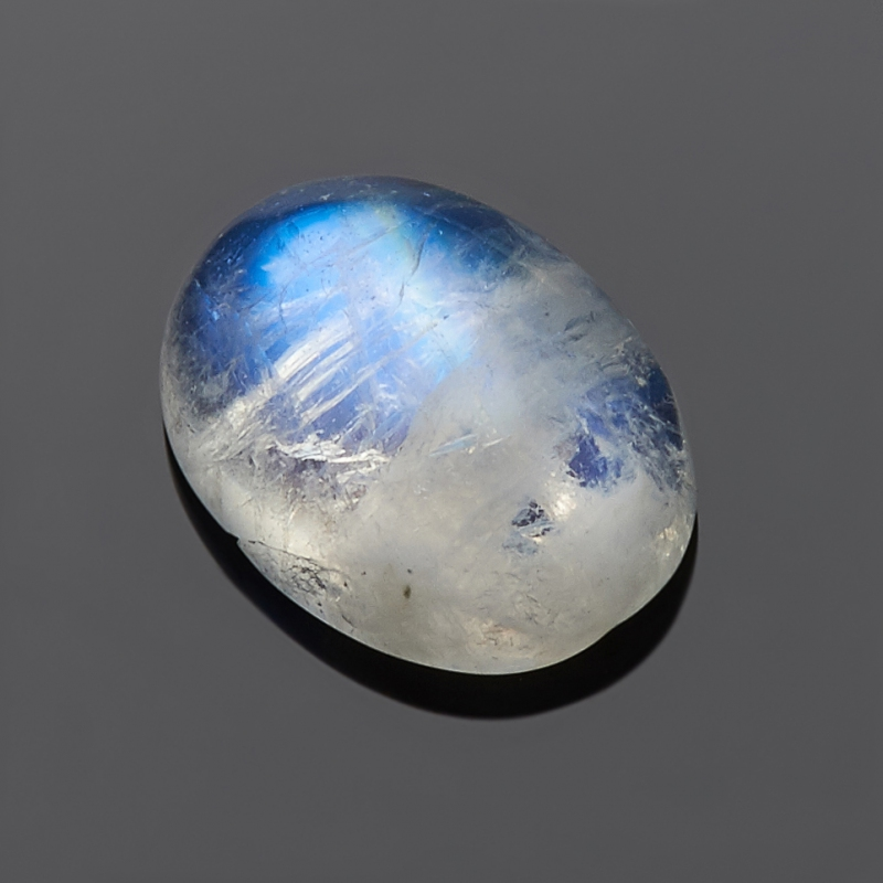 Кабошон лунный камень 6*8 мм