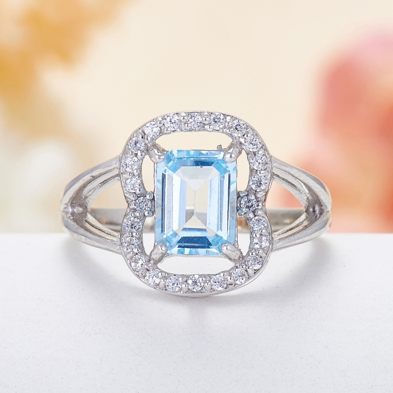 Кольцо топаз голубой огранка (серебро 925 пр.) размер 17,5 кольцо коюз топаз кольцо т147017296