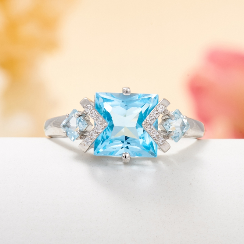 Кольцо топаз голубой  огранка (серебро 925 пр.) размер 18 кольцо авантюрин зеленый серебро 925 пр размер 18