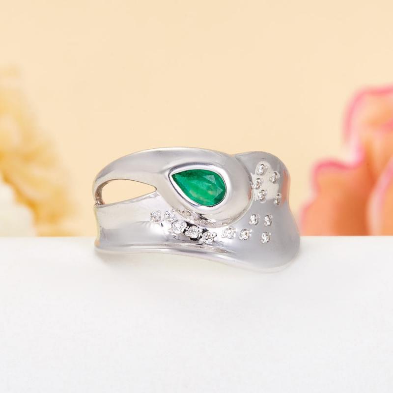 Кольцо изумруд  огранка (серебро 925 пр.) размер 17