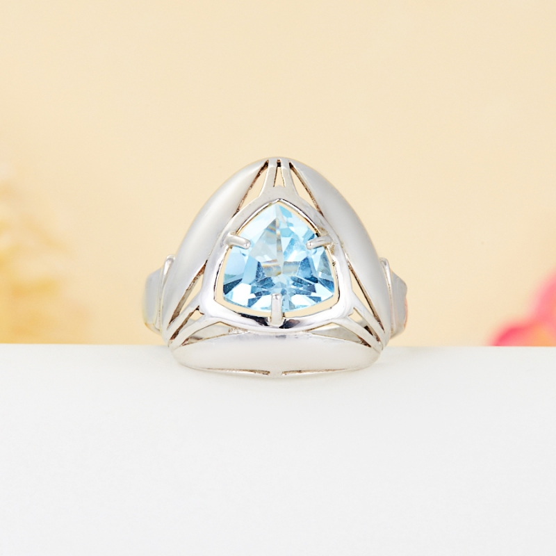 Кольцо топаз голубой огранка (серебро 925 пр.) размер 17,5 кольцо голубой топаз beatrici lux кольцо голубой топаз