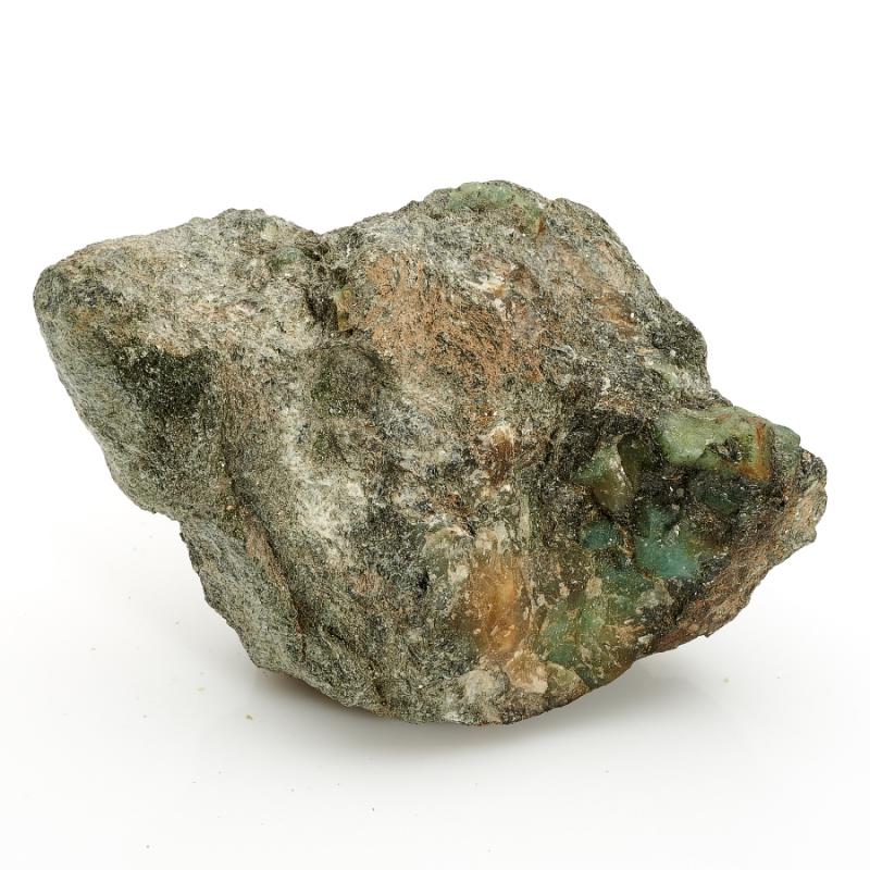 Кристалл в породе берилл  M