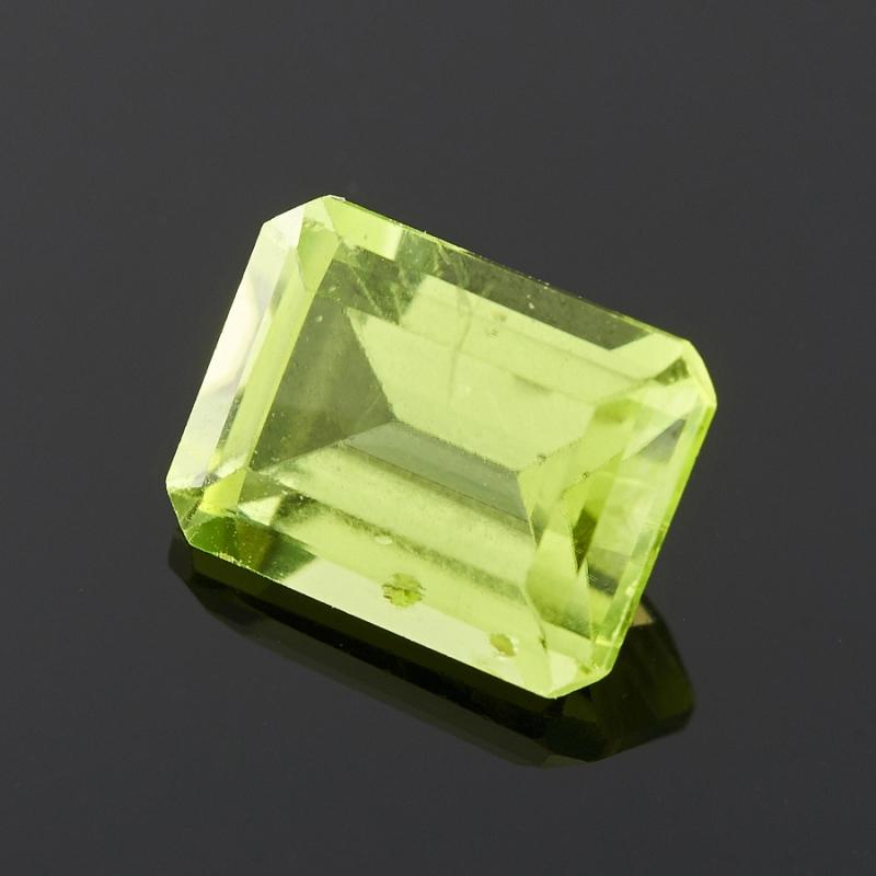 Огранка хризолит  октагон 6*8 мм