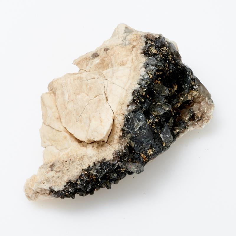 Кристалл в породе турмалин черный, кварц, ортоклаз, альбит M кристалл в породе турмалин черный xxs
