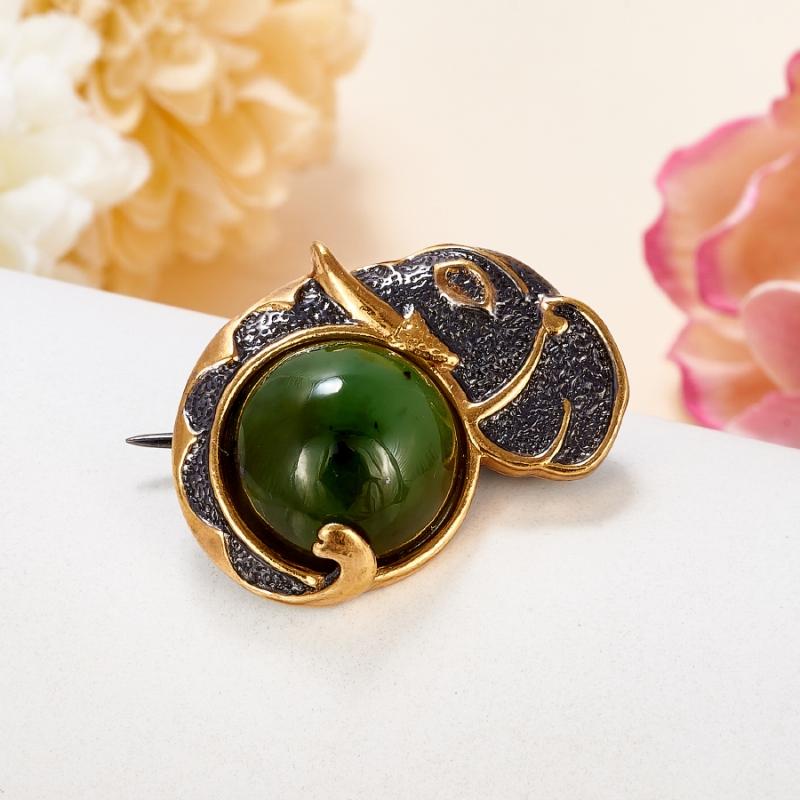 Фото - Брошь нефрит зеленый (серебро 925 пр., позолота) брошь blucome bijouteria esmaltes 7106100495