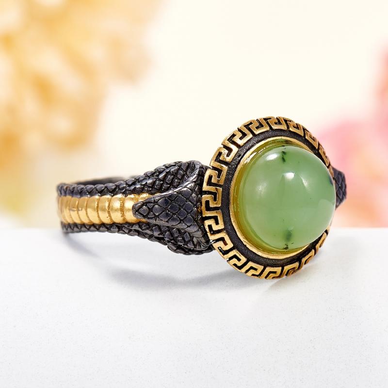 Кольцо нефрит зеленый Россия (серебро 925 пр., позолота) размер 18