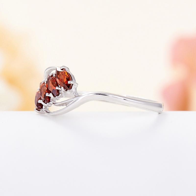 Кольцо гранат альмандин  огранка (серебро 925 пр.) размер 18,5