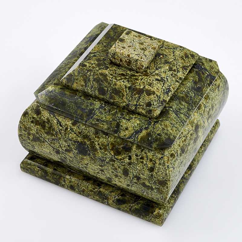 Шкатулка змеевик квадрат  7х7х6,5 см неактивный шкатулка сувенир вкусный завтрак 9 6 6 5 см