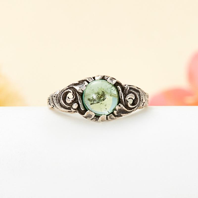 Кольцо турмалин зеленый (верделит)  (серебро 925 пр.) размер 18
