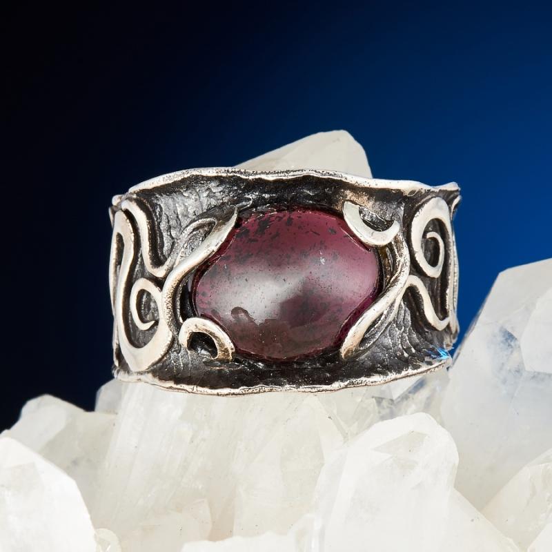 [del] Кольцо гранат альмандин Индия (серебро 925 пр.) размер 19,5