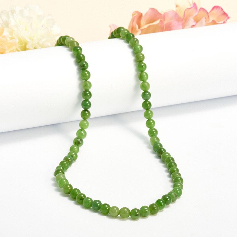 Бусы нефрит зеленый  6 мм 45-52 см