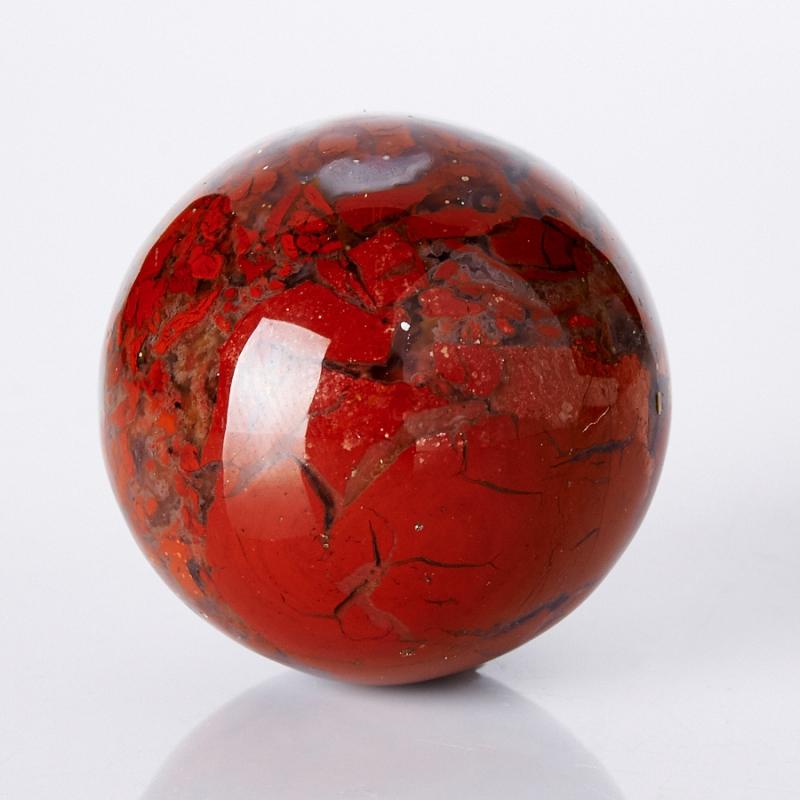 кровавая яшма камень фото