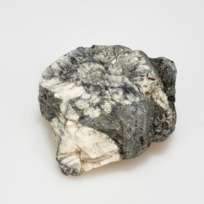 Кристалл в породе хиастолит  XS