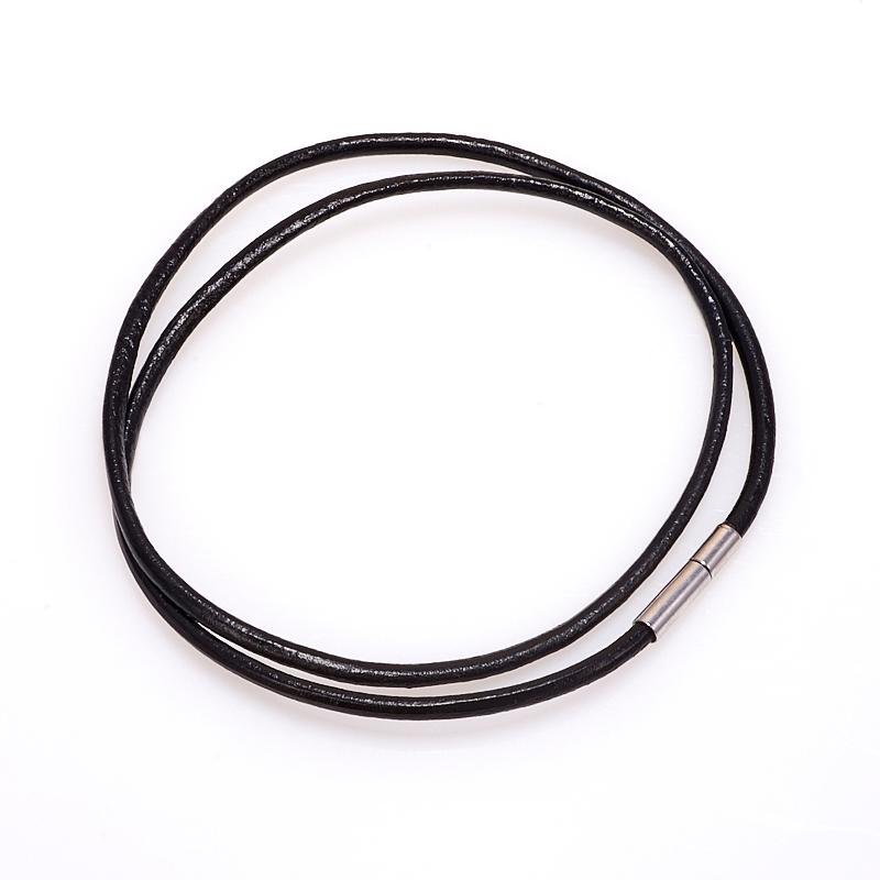 Шнурок черный 43 см (иск. кожа)