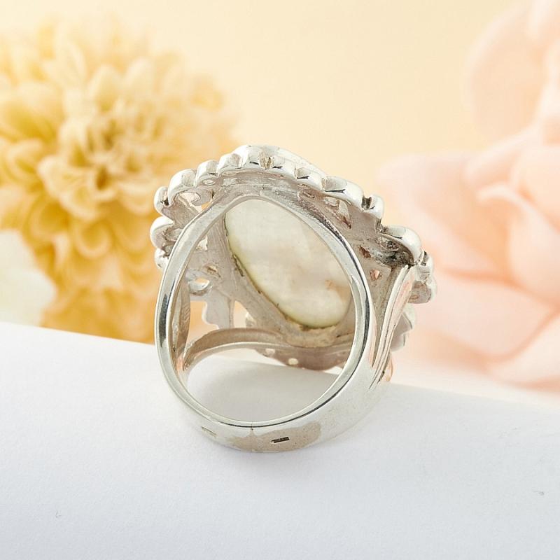 Кольцо беломорит Россия (серебро 925 пр.) размер 18