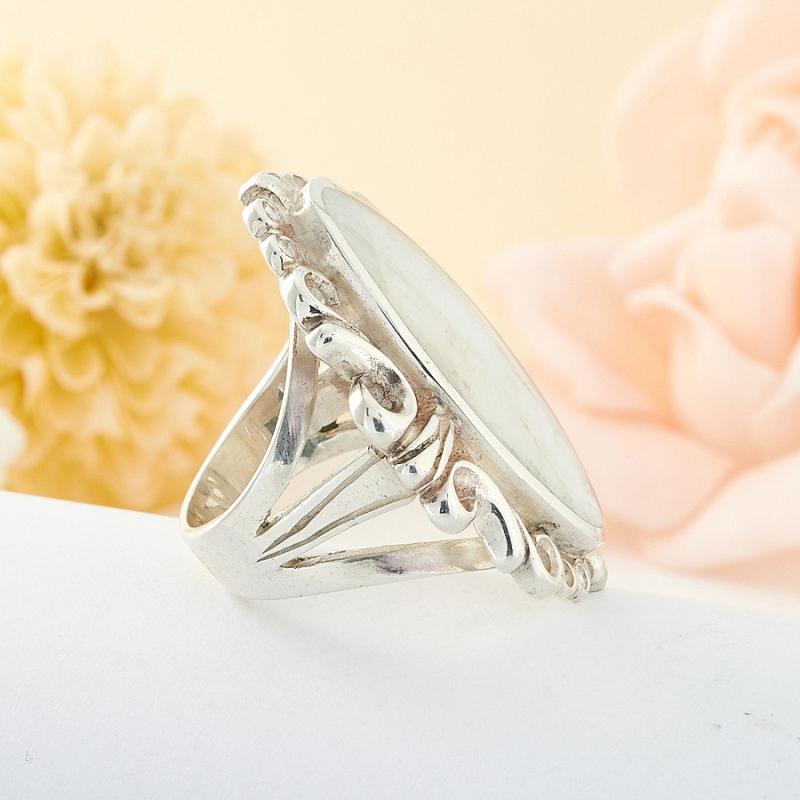 Кольцо беломорит Россия (серебро 925 пр.) размер 18,5