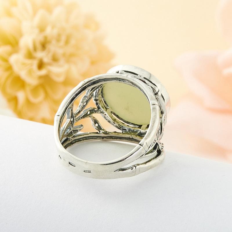 Кольцо нефрит зеленый Россия (серебро 925 пр.) размер 19