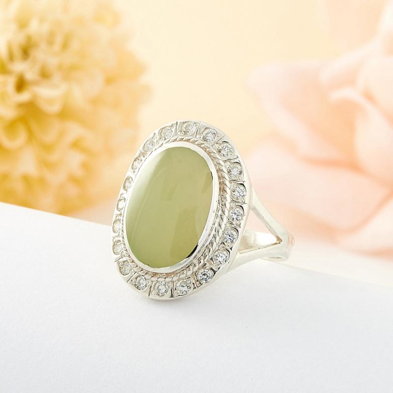 Кольцо нефрит зеленый Россия (серебро 925 пр.) размер 20