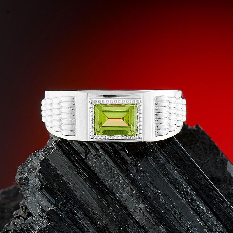 Кольцо хризолит огранка (серебро 925 пр.) размер 19 кольцо микс топаз хризолит огранка серебро 925 пр размер 19
