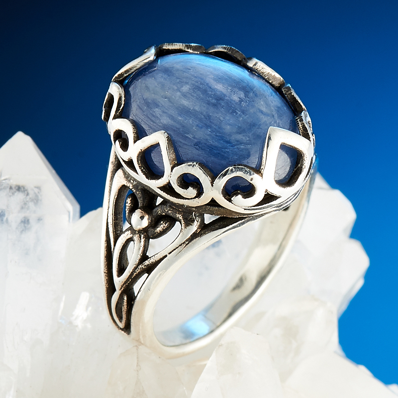Кольцо кианит синий  (серебро 925 пр.) размер 17,5