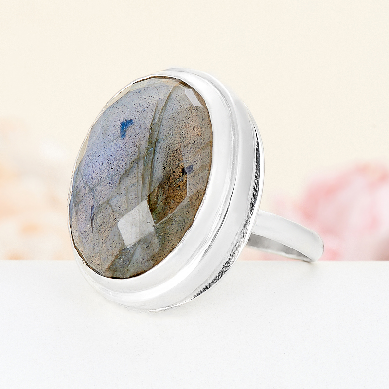 Кольцо лабрадор  огранка (серебро 925 пр.) размер 18,5