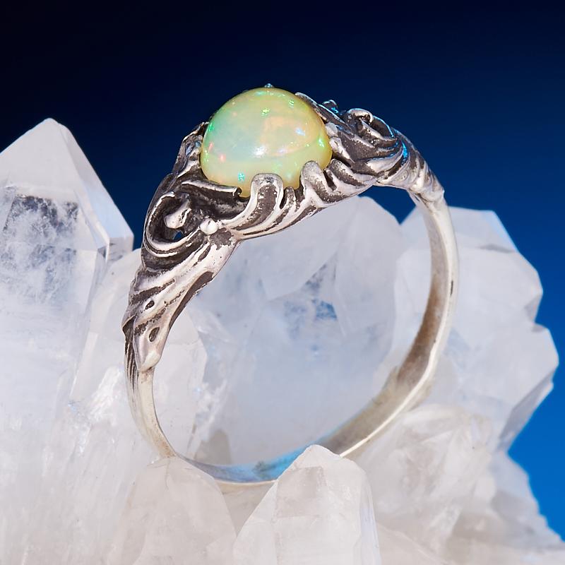 Кольцо опал благородный  (серебро 925 пр.) размер 19