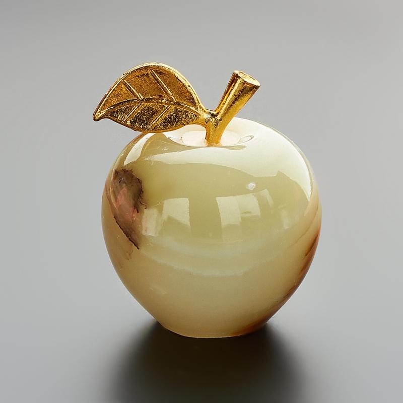 Яблоко оникс мраморный 3х3,5 см дельфин оникс мраморный 8х13 см