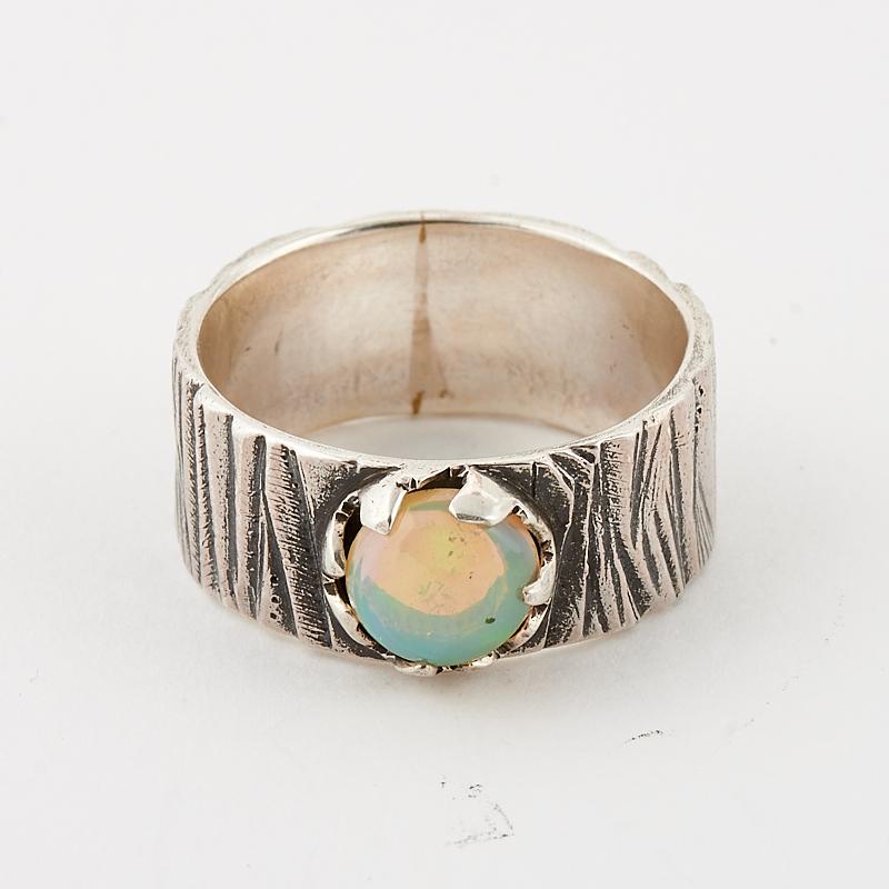 Кольцо опал благородный белый  (серебро 925 пр.) размер 20