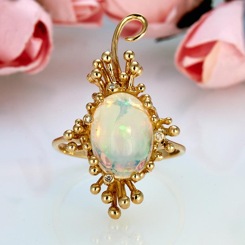 Кольцо опал благородный белый  (золото 585 пр.) размер 17
