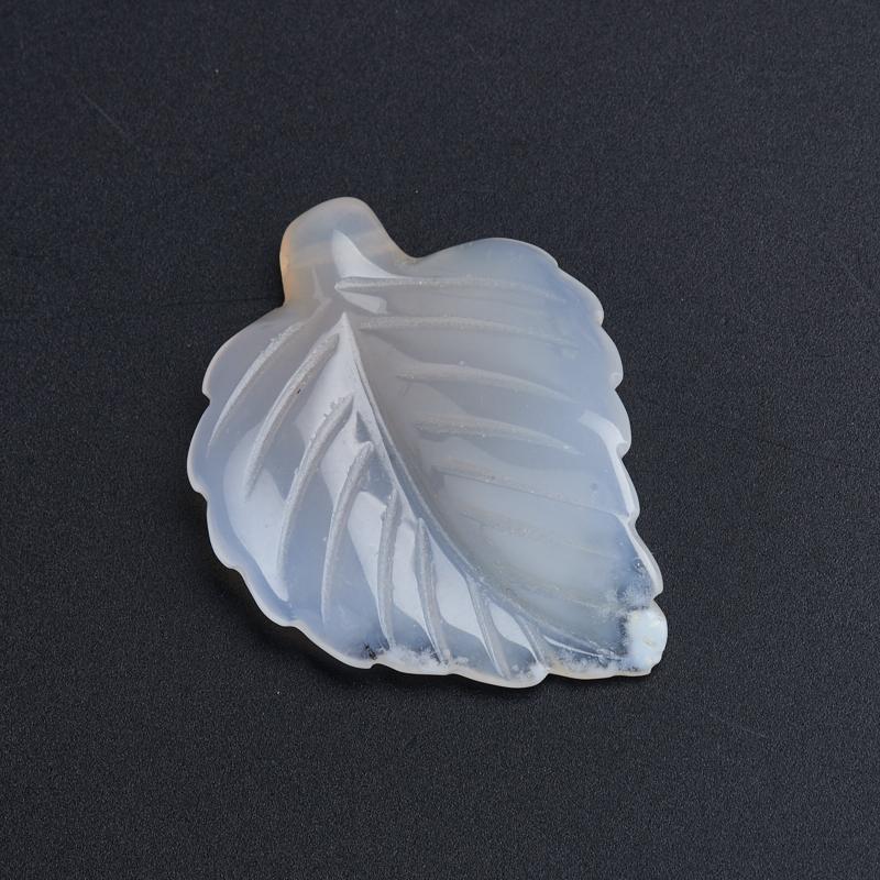 Пуговица лист агат серый  3 см