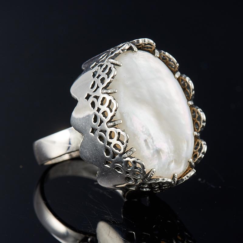 Кольцо перламутр белый  (серебро 925 пр.) размер 18
