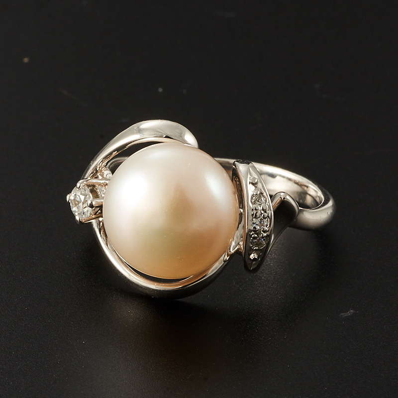 Кольцо жемчуг белый  (серебро 925 пр.) размер 17,5