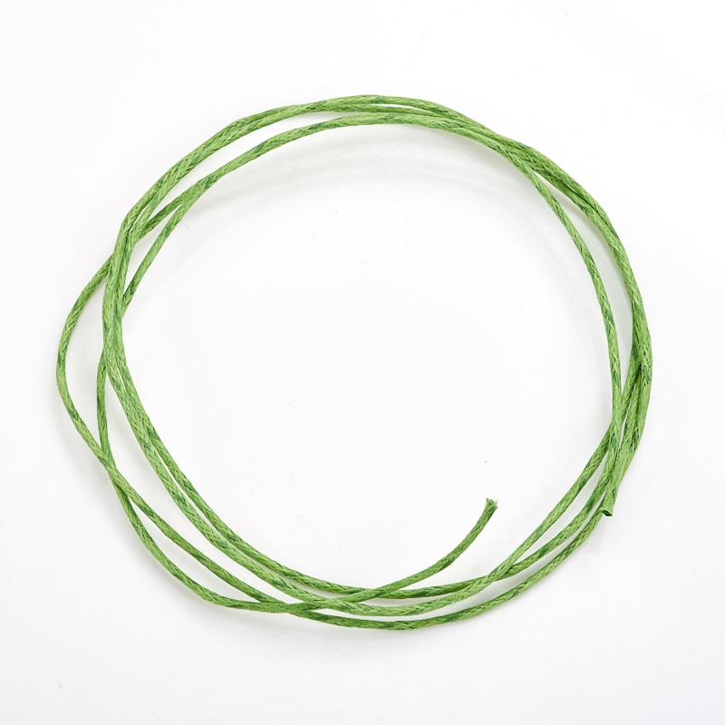 Шнурок зеленый 70 см