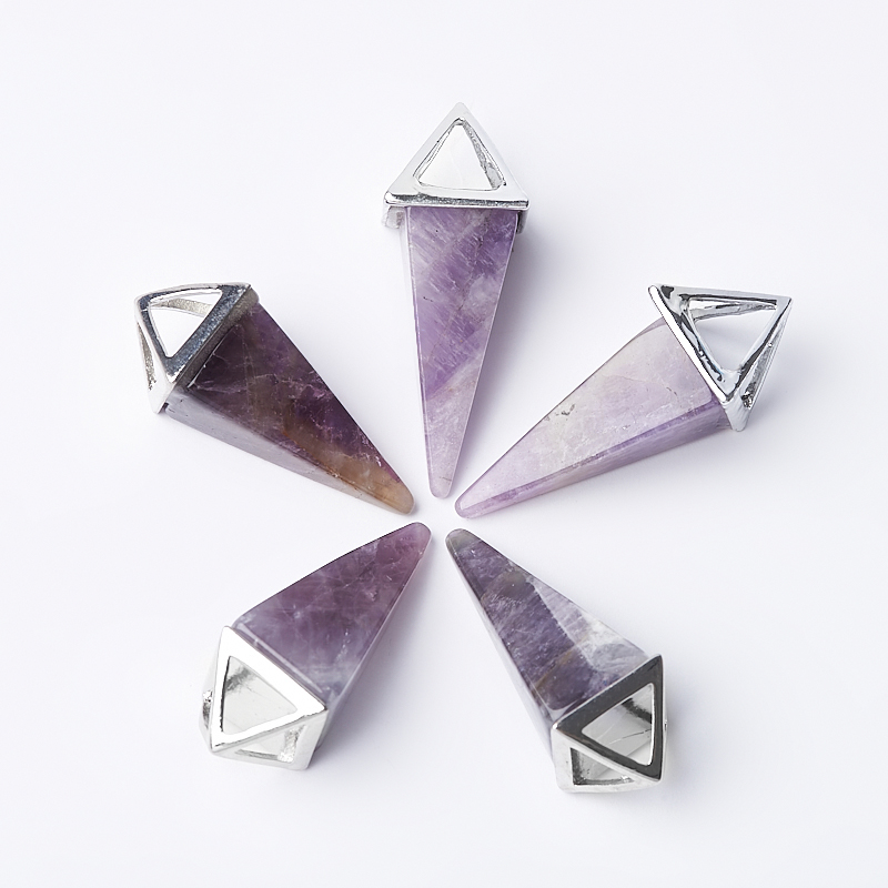 Кулон аметист Бразилия треугольник (биж. сплав) 4-4,5 см