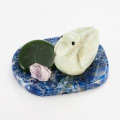 Утка офиокальцит лазурит нефрит аметист Россия 3,5х5,5 см