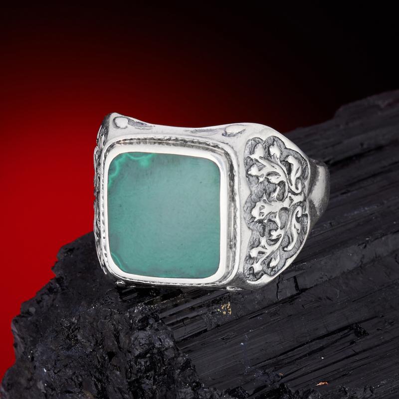 Кольцо малахит  (серебро 925 пр.) размер 22,5