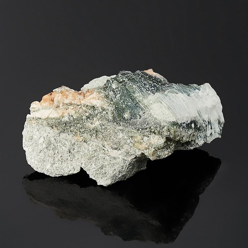 Кристалл в породе гранат гроссуляр  XS