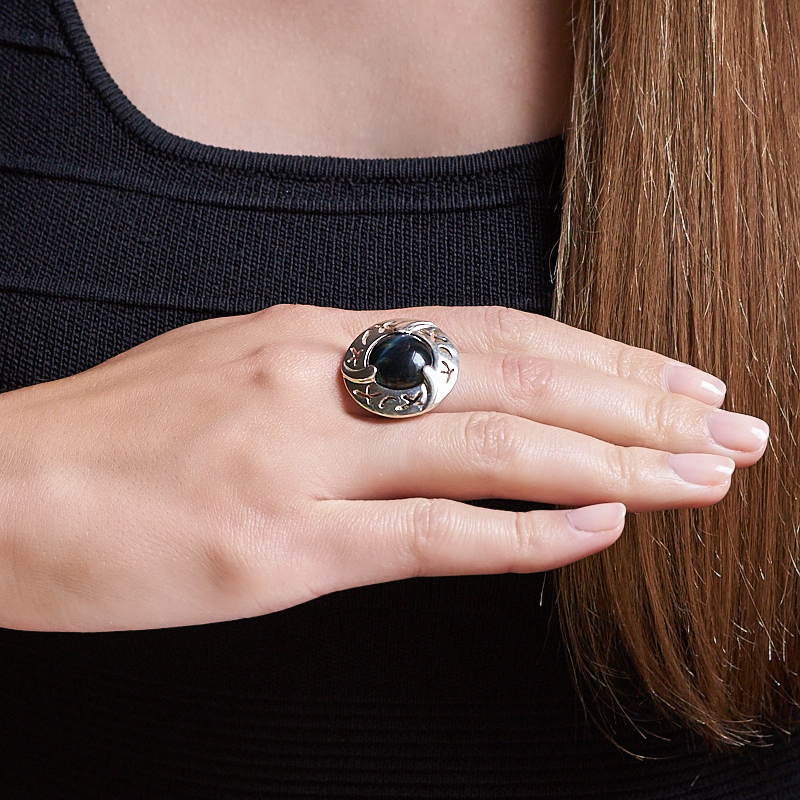 Кольцо соколиный глаз ЮАР (серебро 925 пр.) размер 18
