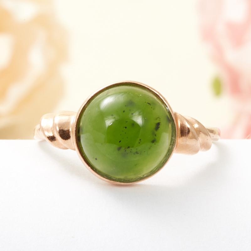 Кольцо нефрит зеленый  (серебро 925 пр., позолота) размер 18