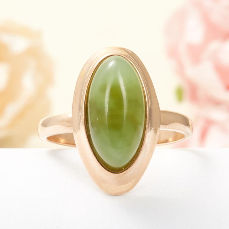 Кольцо нефрит зеленый Россия (серебро 925 пр., позолота) размер 22