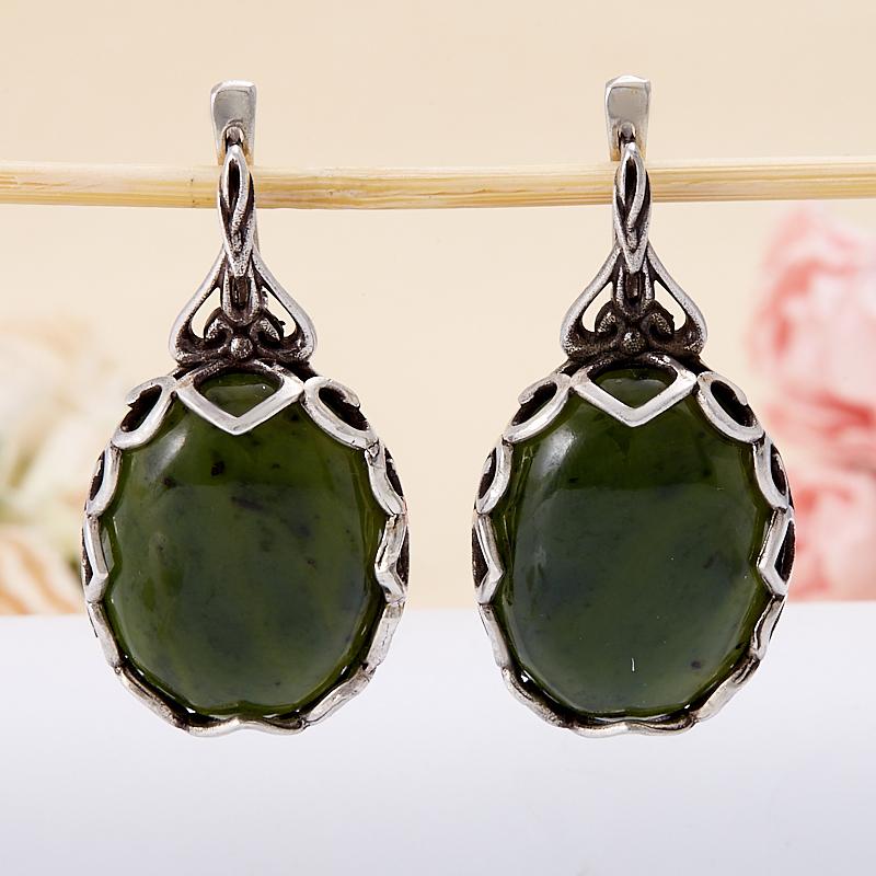 Серьги нефрит зеленый  (серебро 925 пр.) кабошон нефрит зеленый 10 16 мм