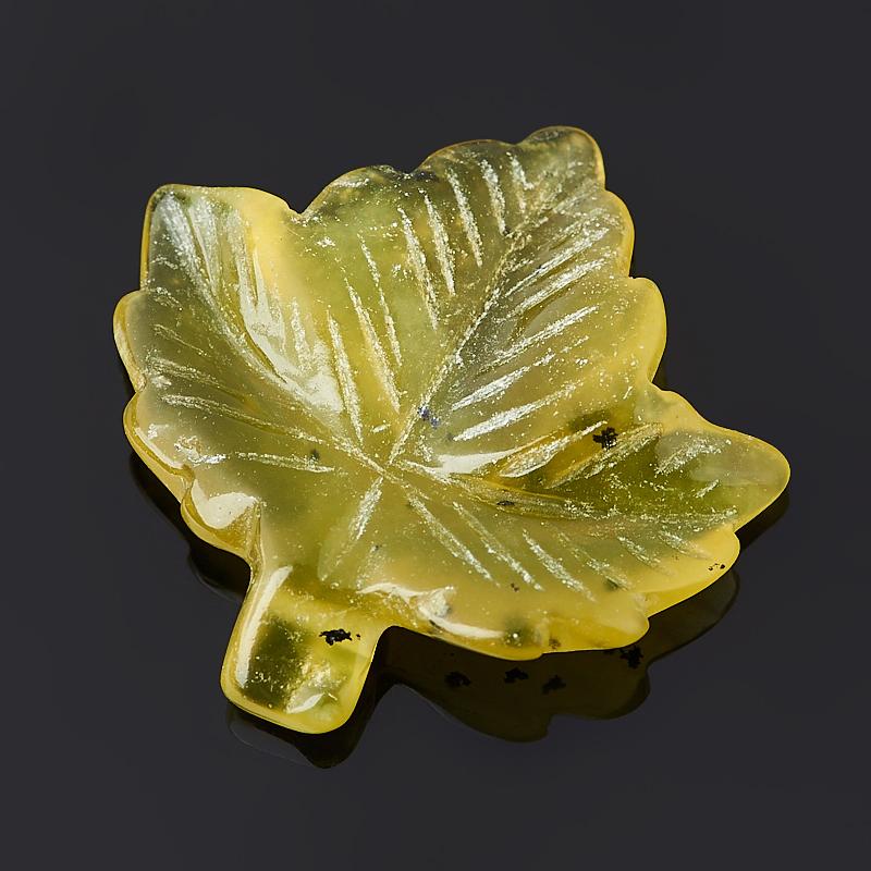 Пуговица лист везувиан  2 2,5 см