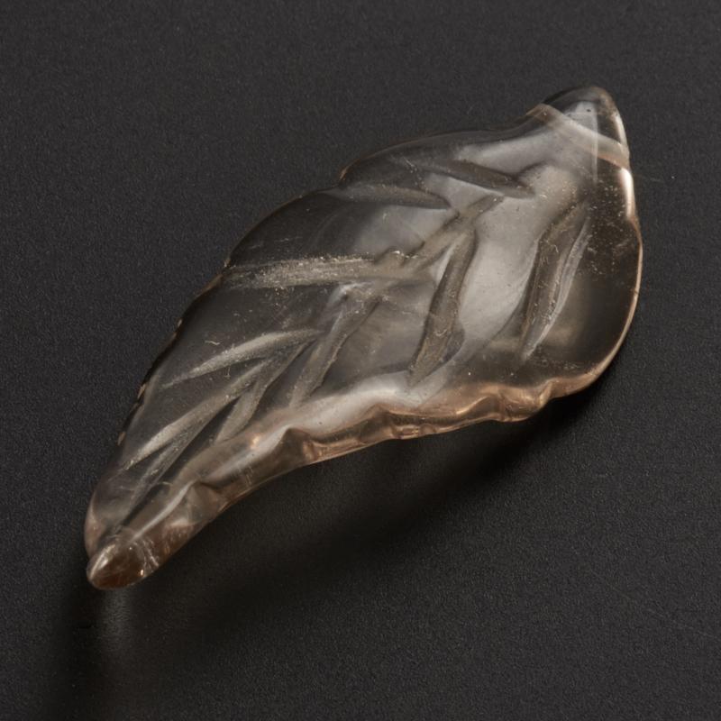 Пуговица лист раухтопаз  3,5 см
