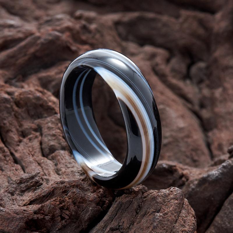 Кольцо агат черный (цельное) размер 17