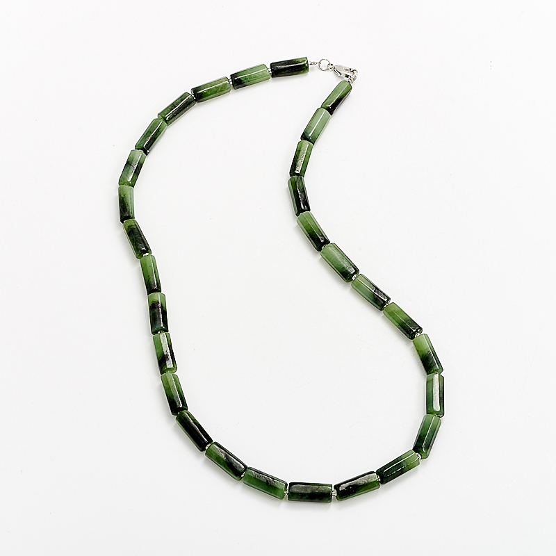 Бусы нефрит зеленый  огранка 47 см бусы нефрит зеленый огранка 49 см