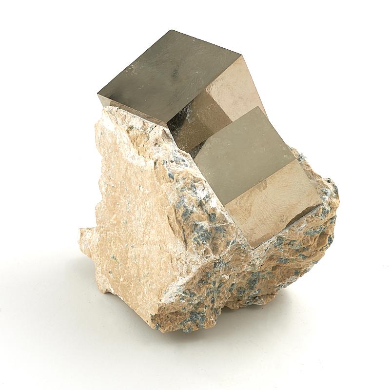 Кристалл в породе пирит S кристалл в породе аквамарин 87х78х68 мм
