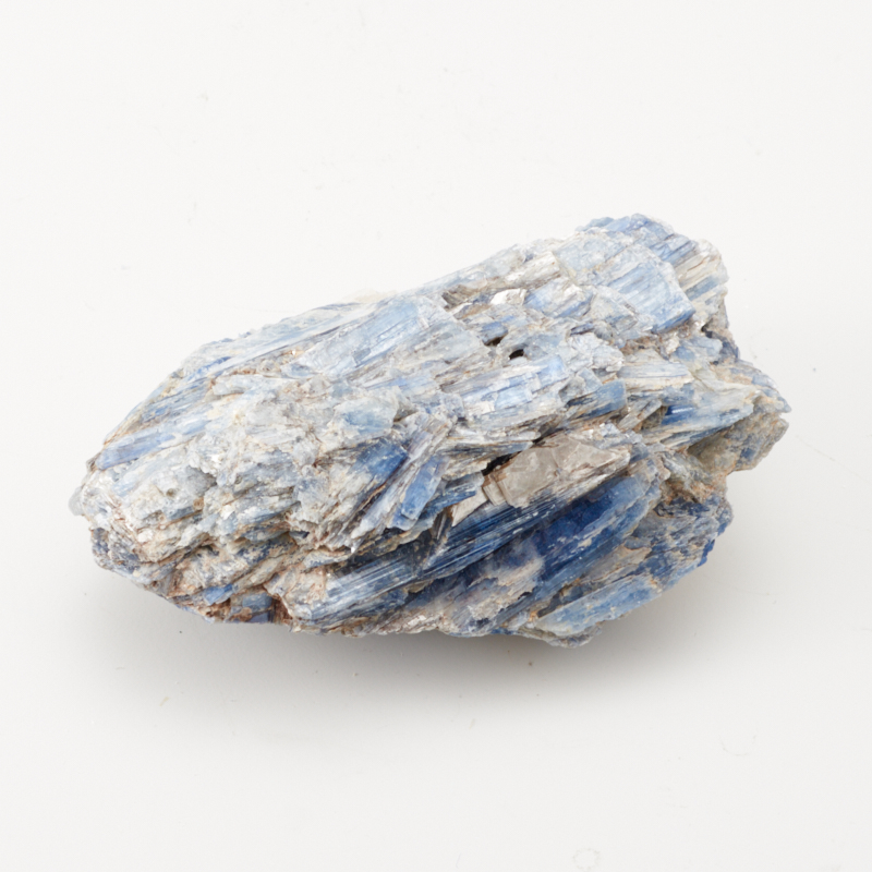 Кристалл кианит синий  (сросток) M