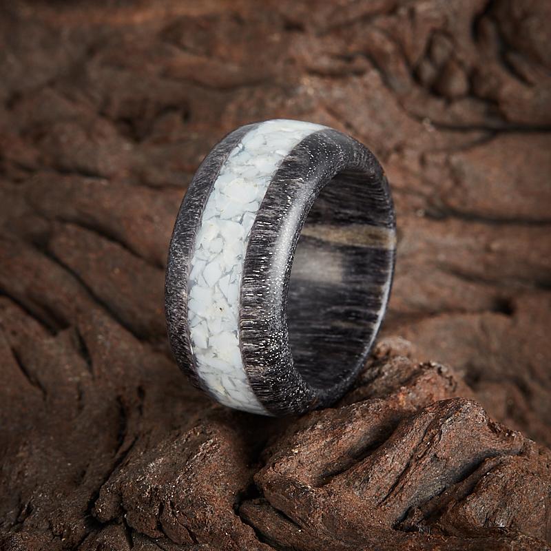 Кольцо кахолонг  (дерево) размер 16,5