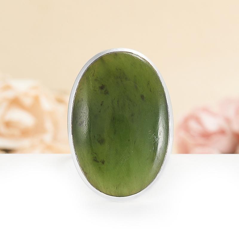 Кольцо нефрит зеленый  (серебро 925 пр.) размер 19