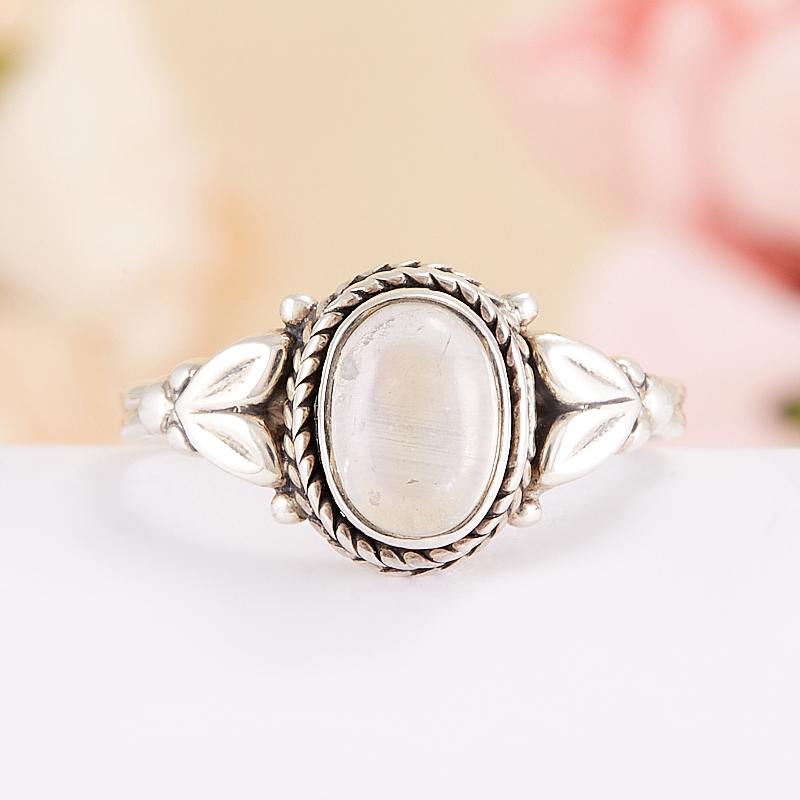 Кольцо лунный камень  (серебро 925 пр.) размер 15,5